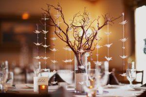 Como decorar una mesa de comedor pequeña