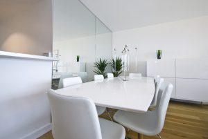 Mesa blanca comedor