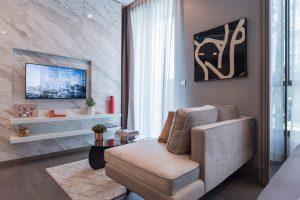 Sala de estar pequeña moderna y elegante