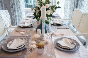 decorar una mesa de comedor pequeña