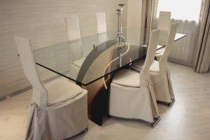 elegante mesa de comedor de cristal