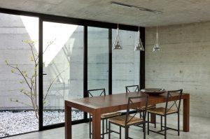 mesa del comedor moderno de madera